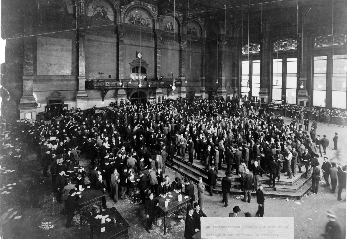 Board of Trade in session, 1900
